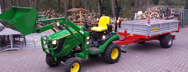 tractor met kiepwagen